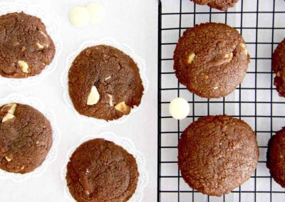 EASY 4 INGREDIENT NUTELLA WHITE CHOCOLATE COOKIES